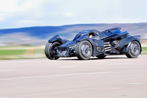 caresto-arkham-car-team-galag-gumball-3000-designboom-07-818x544