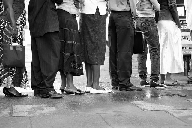 Are queuing customers part of your salon business plan?