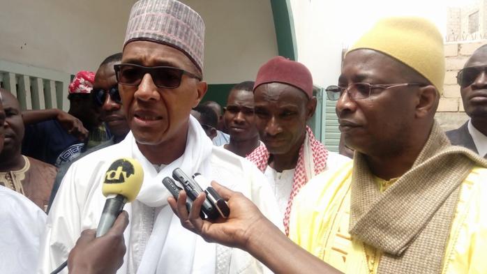 Abdoul Mbaye répond en larmes à ceux qui parlent d'intolérance