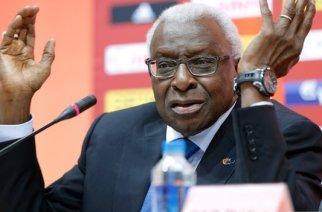 Sa caution de 327 millions versée: Lamine Diack reste parqué à Paris