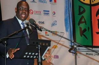 VIDEO – BIENNALE DE DAKAR : Le président Macky Sall encourage la culture et étale ses projets