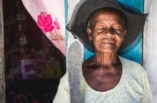 Mikaël Theimer : Il capture l'adversité des Haïtiens dans une série de clichés authentiques