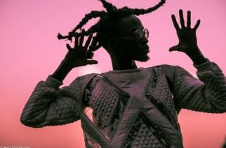 VIDÉO – Interview de Ibaaku, afrofuturiste et électro à la sauce sénégalaise