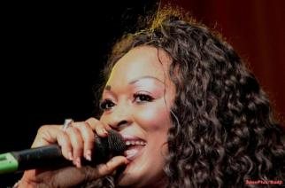 VIDÉO : Dakar, Paris tout le monde bouge pour Titi «La Lionne» !