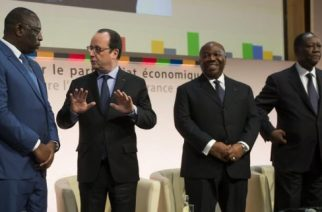 """Vidéo – Scandale : le Sénégal et 13 autres pays Africain versent 85% de leur réserve nationale a la France…"""""""