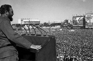 VIDÉO – Fidel Castro un parcours ponctué d'hommages musicaux