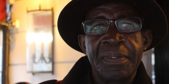 Pierre-Claver Mbonimpa, défenseur burundais des droits de l'homme, le 17 novembre 2016 à Paris. © Trésor Kibangula/J.A.