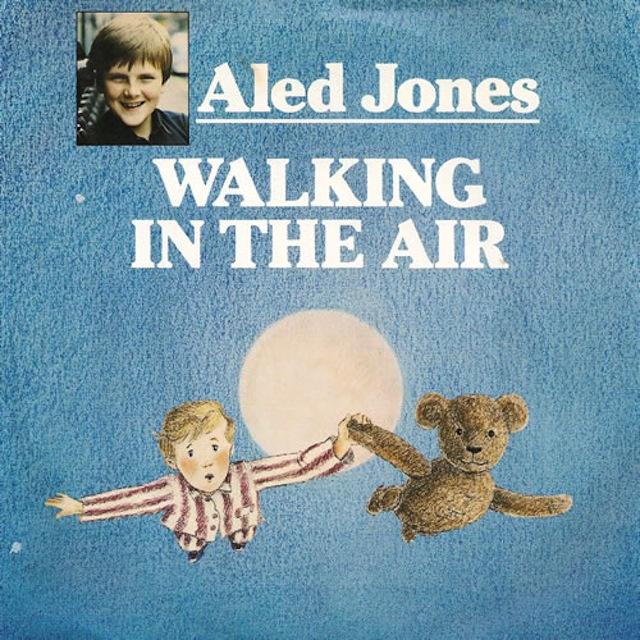 aled-jones-walking-in-the-air