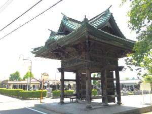 正覚寺の山門