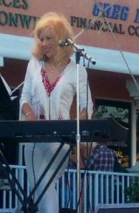 Nancy Sandbar Rollers