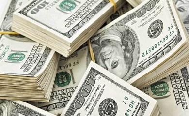 El dólar esta imparable y se vende cerca de los 48 pesos en la provincia