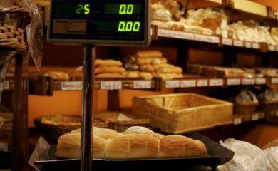 El pan vuelve a aumentar y el kilo llega a los 45 pesos