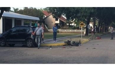 San Genaro: Un hombre con graves heridas tras un choque