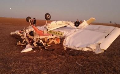 Un herido grave y otro sin riesgo de vida tras caerse avioneta en Carcarañá