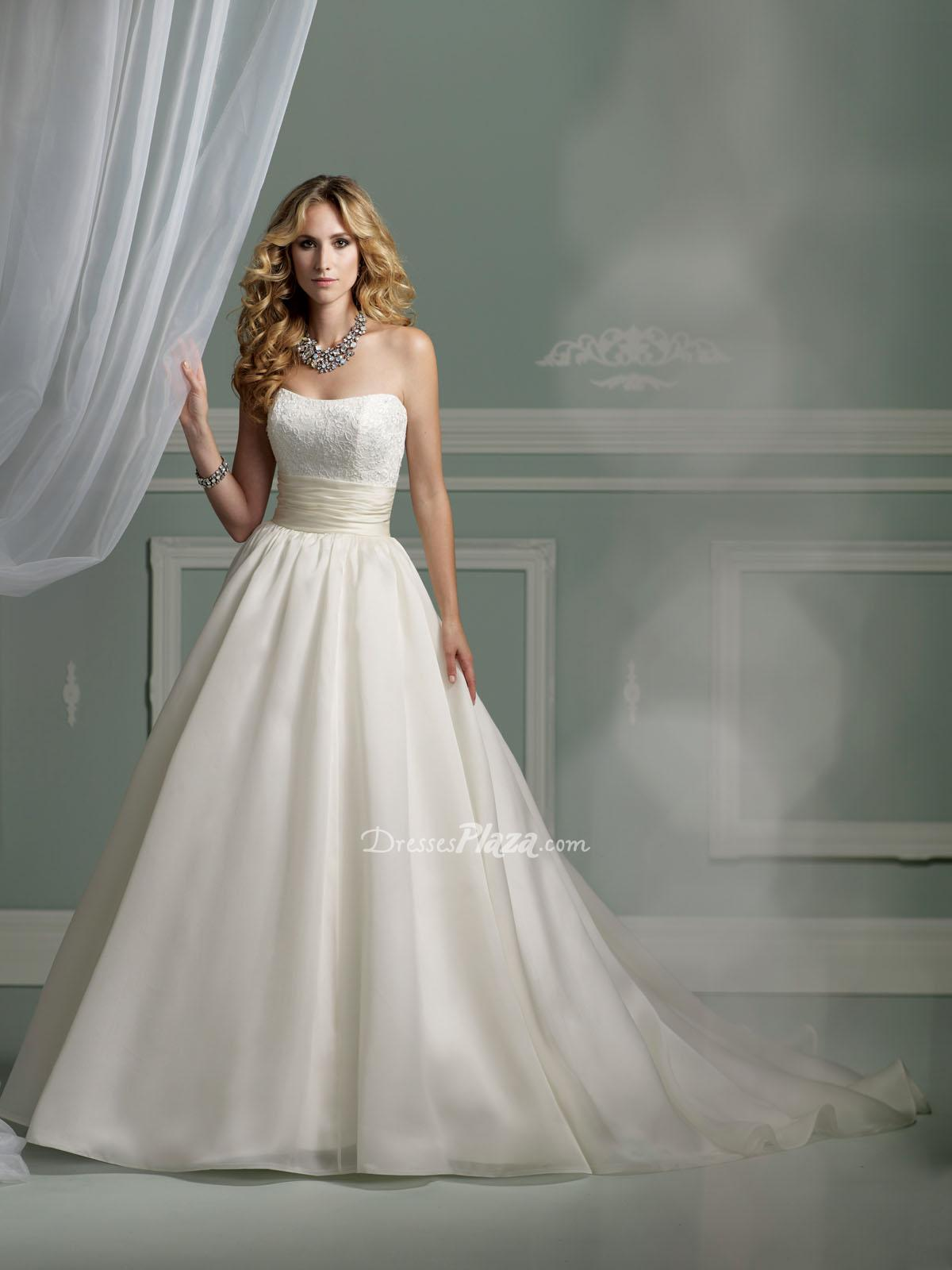princess satin strapless wedding dress with lace sangmaestro