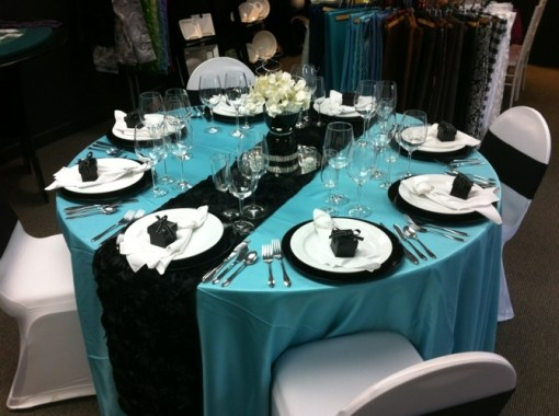 black and blue wedding decorations
