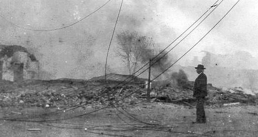 1906earthquakesmoke