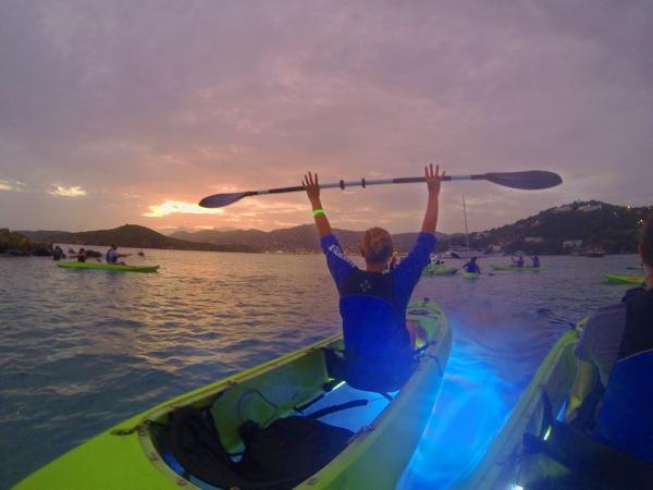 Nigh kayak