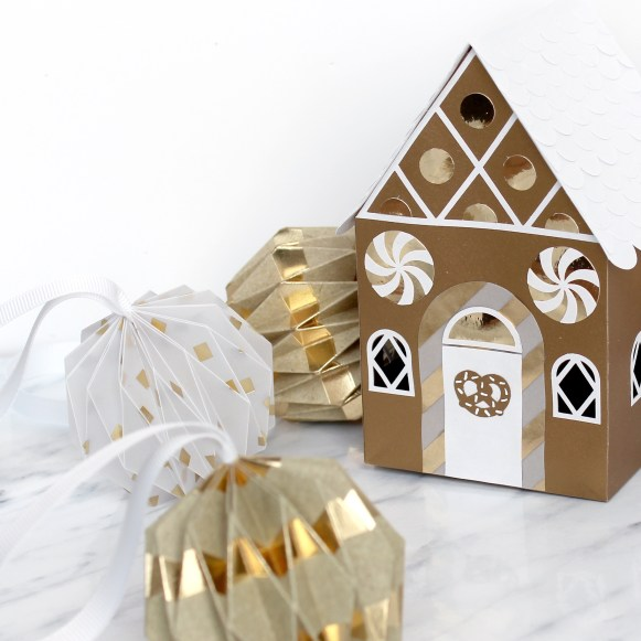 3D Paper Engineered Gingerbread House