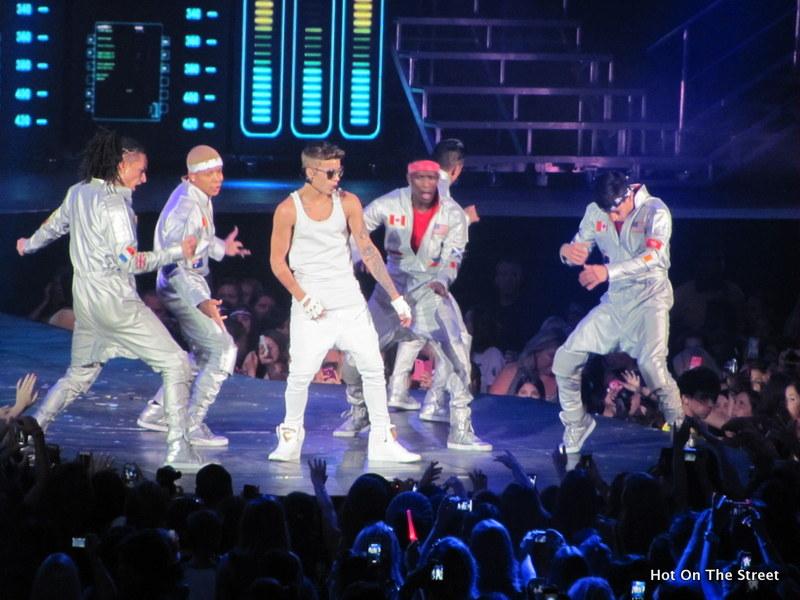Justin Bieber and Dancers