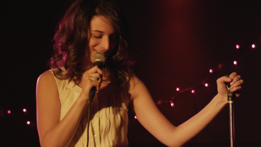 Hot On The Street - Obvious Child - Jenny Slate Microphone
