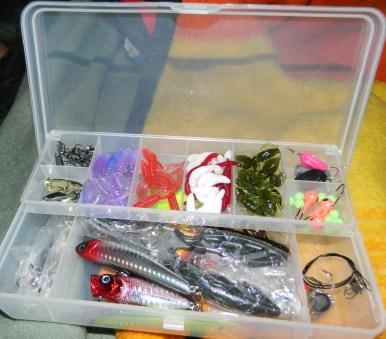KMBEST 101pcs Fishing Lure Set