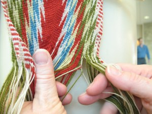 Green now changes weft for pale