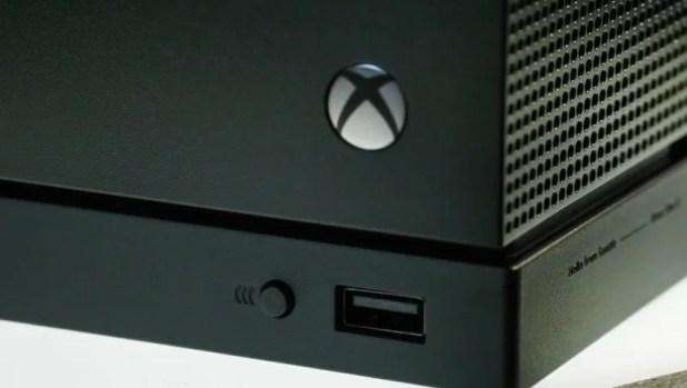 مايكروسوفت متفائلة بإطلاق Xbox One X وتتوقع زيادةً في الإيرادات 123.jpg?resize=618%2
