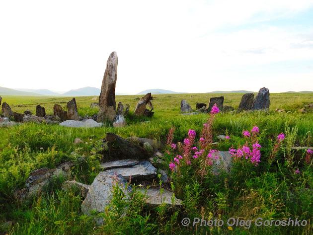 Плиточные могилы. Фото О. Горошко