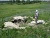 Разрушенная браконьерами нора степного сурка в Обоянском районе Курской области. Фото А. Власова