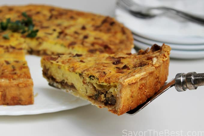 Caramelized Onion and Swiss Cheese Quiche - Savor the Best