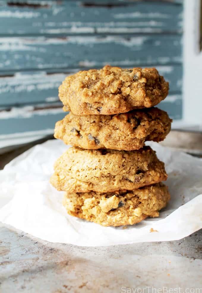 Oatmeal Raisin Spelt Cookies