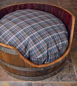 8 Creative DIY Dog Beds