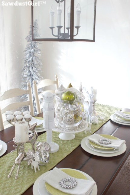 Chartreuse and White Christmas Tablescape