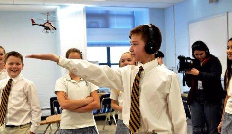 Puzzlebox demo in the classrooms (Credit: Puzzlebox/kickstarter)