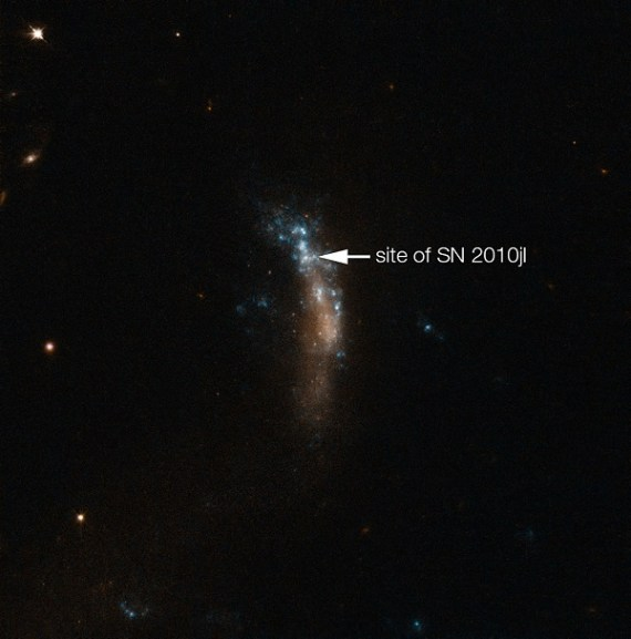 The dwarf galaxy UGC 5189A, site of the supernova SN 2010jl (annotated) (Credit: ESO)