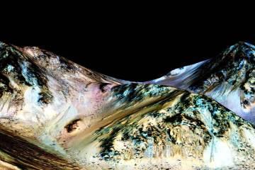 150928-nasa-mars-water-jsw-1117a_cc8898b45cc3b70f6b298f51d91510f2.nbcnews-ux-2880-1000