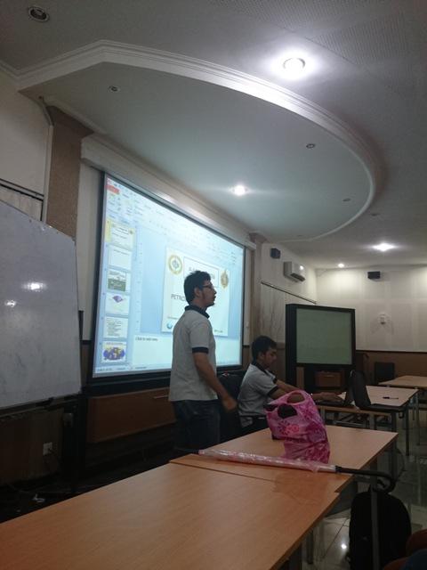 The current AAPG SC ITB President, Nicholas Aulardo Hamonangan, gave a short presentation about petroleum geologist