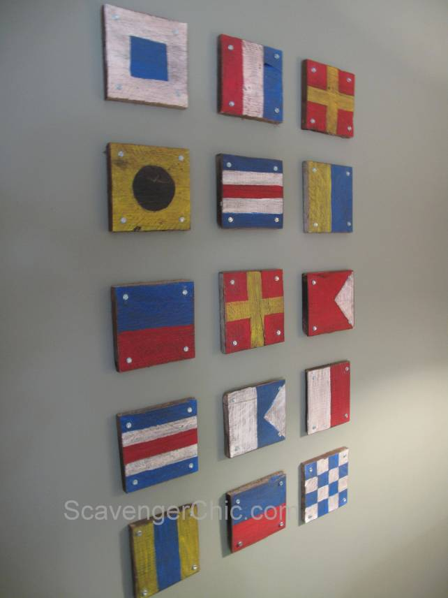 DIY  Pallet Signal Flags Wall Decor