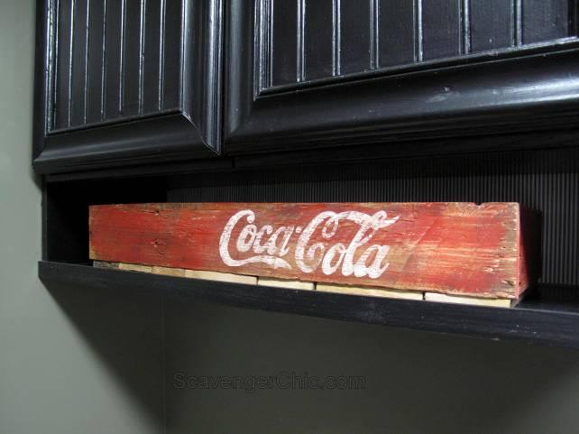 DIY Coca Cola Pallet Crate
