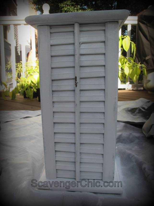 Upcycled, Recycled Shutters Lamp diy