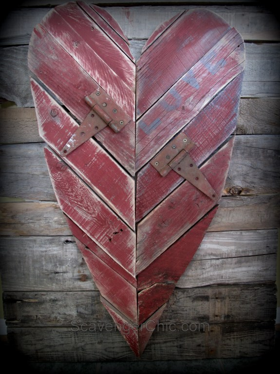 pallet wood valentine s day heart diy scavenger chic