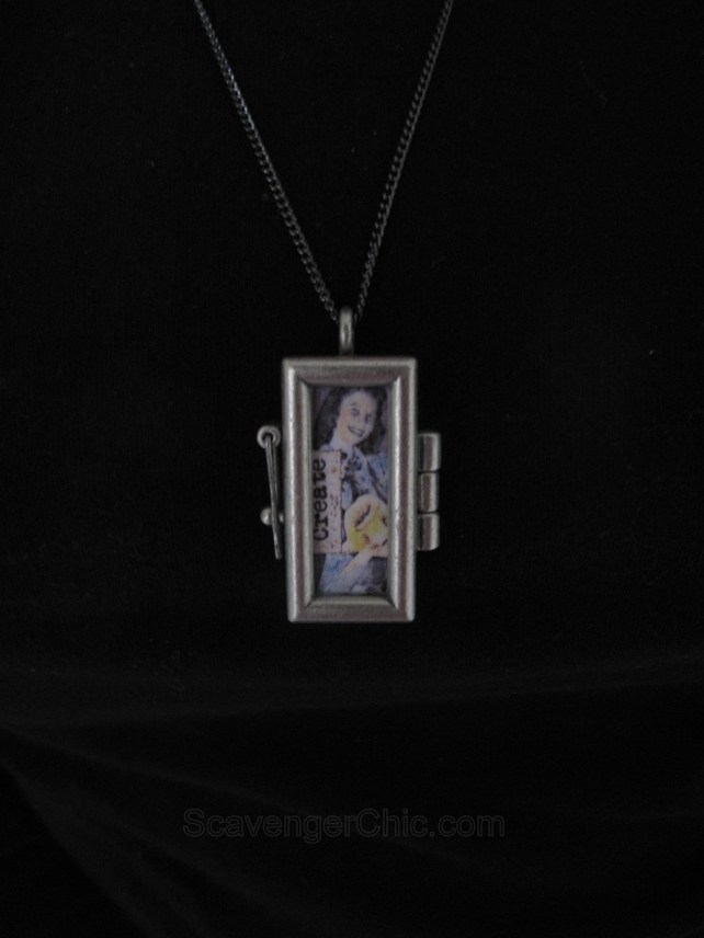 locket ideas, picture pendant, remembering mom and dad, homemade gift ideas, memory locket, rectangle locket