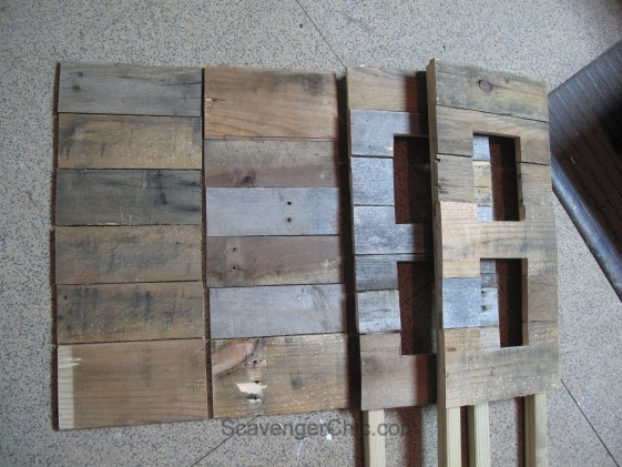 DIY Outdoor Pallet Wood Side Table with lights