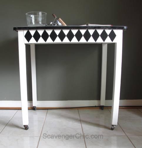 Vintage Black and White Enamel Table Makeover-008