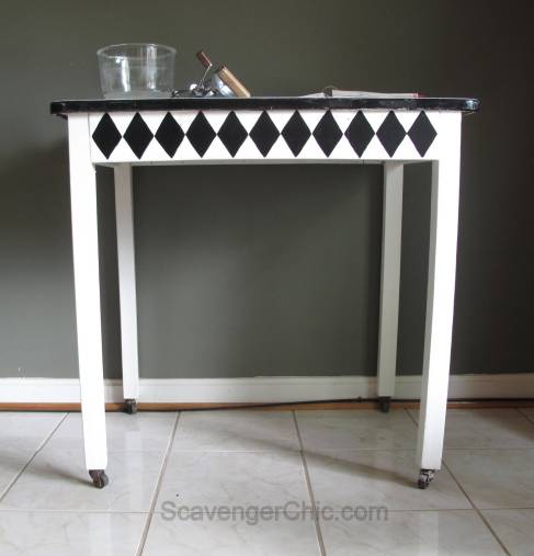 Vintage Black and White Enamel Table Makeover-008