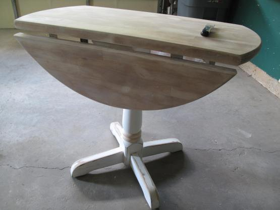 Little Red Drop Leaf Table-003