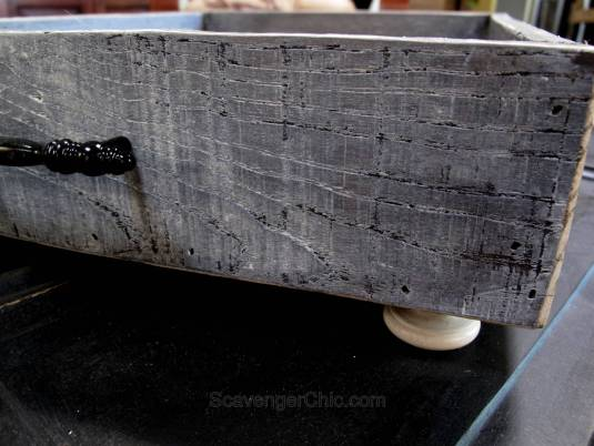 Pallet wood and fabric tray diy-014