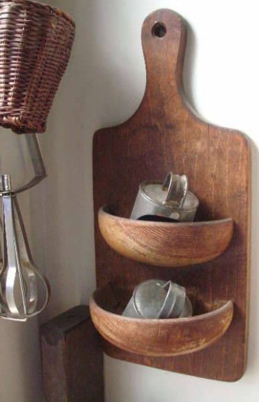 DIY and Homemade Gifts - Cutting Board and Salad Bowl Wall Orgainizer