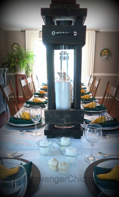 Thanksgiving tablescape, table setting, china and rust